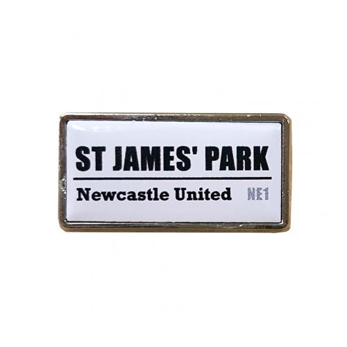 Brosche Newcastle United  150085