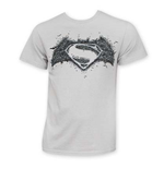 T-Shirt Batman vs Superman Logo On Logo