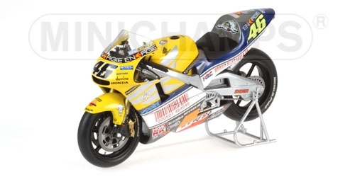 HONDA NSR 500 VALENTINO ROSSI GP LE MANS WORLD CHAMPION 2001