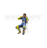 PILOTA VALENTINO ROSSI MOTOGP 2014 CHECKING THE EAR PLUGS